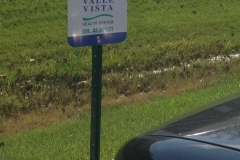 Valle Vista Parking Signs